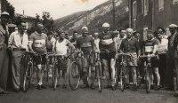 Départ course La Chavade, Rey Louis, cyclistes - 1951_1